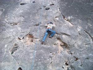 escalada-campamento-verano-buendia-fuhem